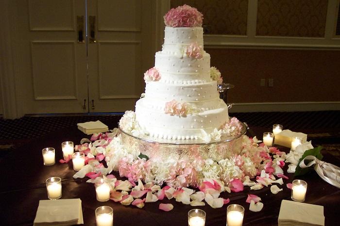 Wedding cake, che linea dolcezza!