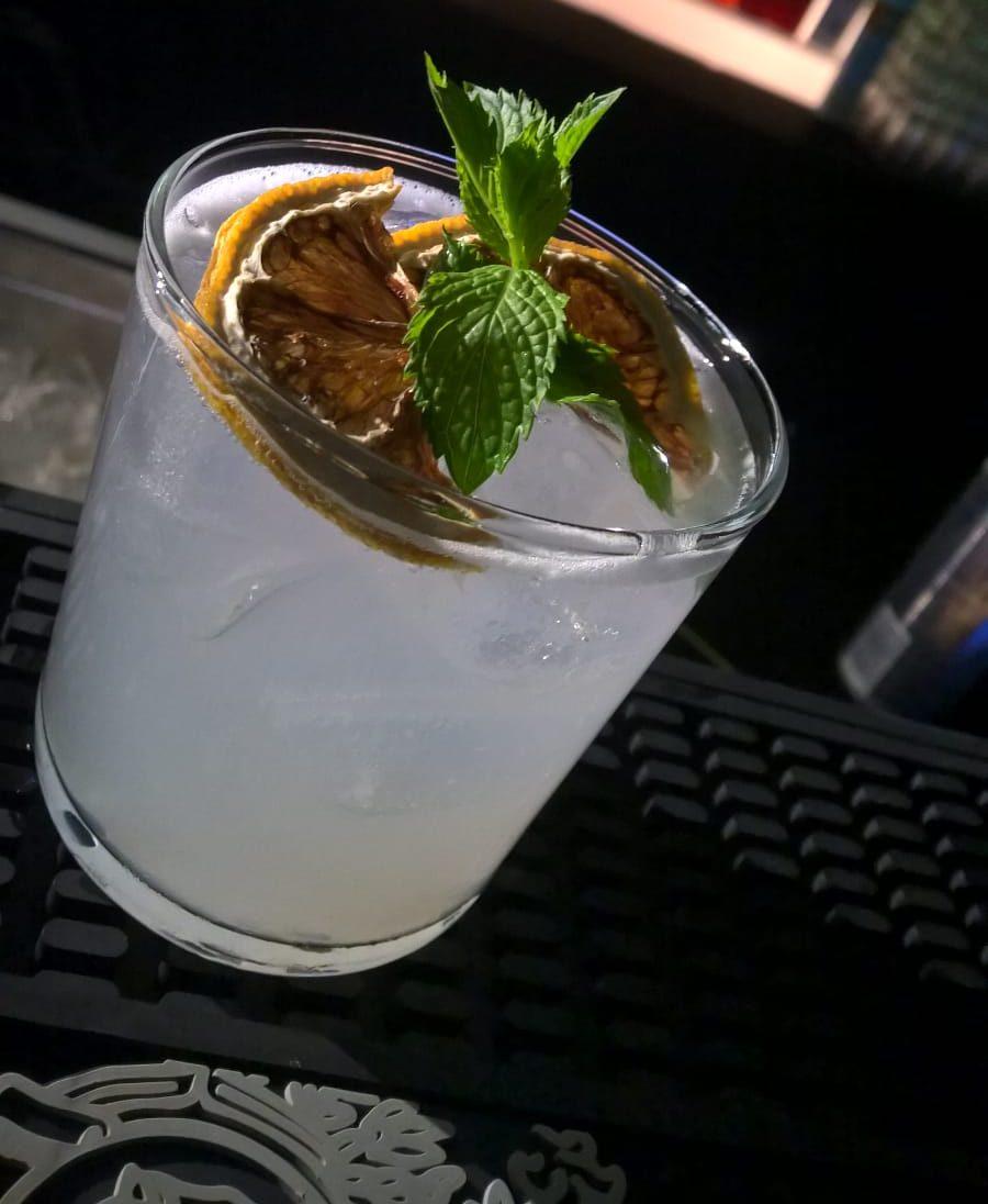 Uno strepitoso cocktail firmato BAR EVENTI per deliziare 10 coppie a SPOSI IN